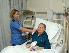 Dscf0304HDU-nurse2