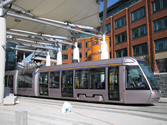 Luas-at-station