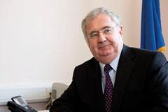 Portrait of Minister Pat Rabbitte for Eolas Magazine.