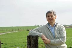 "Visit of Dacian Cioloş Member of the EC, to the ""Flabat"" farm"