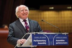 Speech by Michael D. HIGGINS, President of Ireland   Allocution de Michael D.HIGGINS, Président de l'Irlande