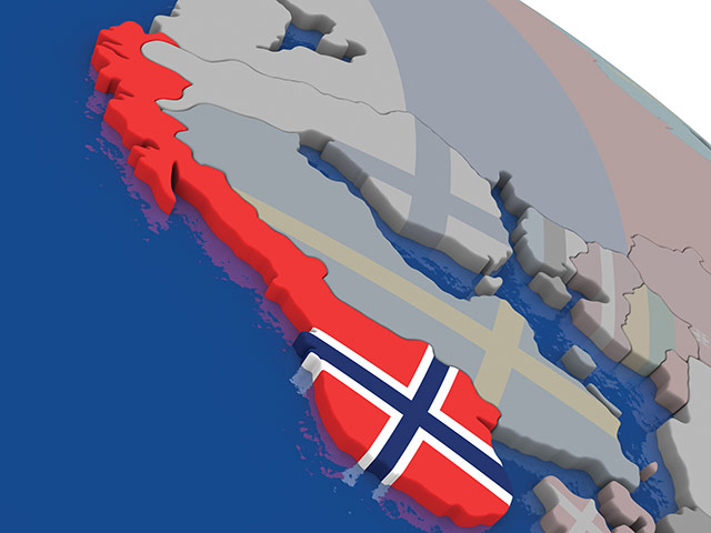 norway-with-flag-highlighted-on-model-of-globe-58999458_l
