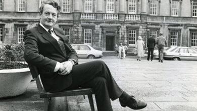 Photo of Desmond O'Malley: 1939–2021